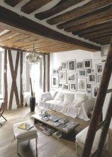 un-salon-aux-touches-rustiques-et-dynamiques_5278811